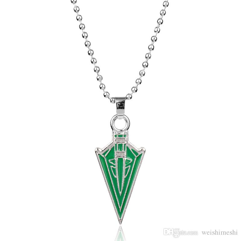 Movie Superhero Green Arrow Pendants Necklaces DC Comic Green Arrow Oliver Queen Hero Pendant Necklace Geometric Arrow Enamel Metal Necklace