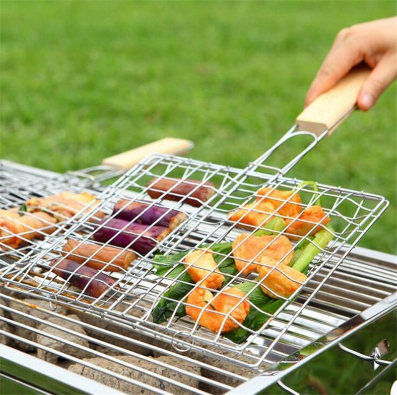 BBQ Grilled Outdoor Barbecue Tools Grilled Fish Clip Roast Meat Hamburger Net Environment Barbecue Accessories with Wood Crank.