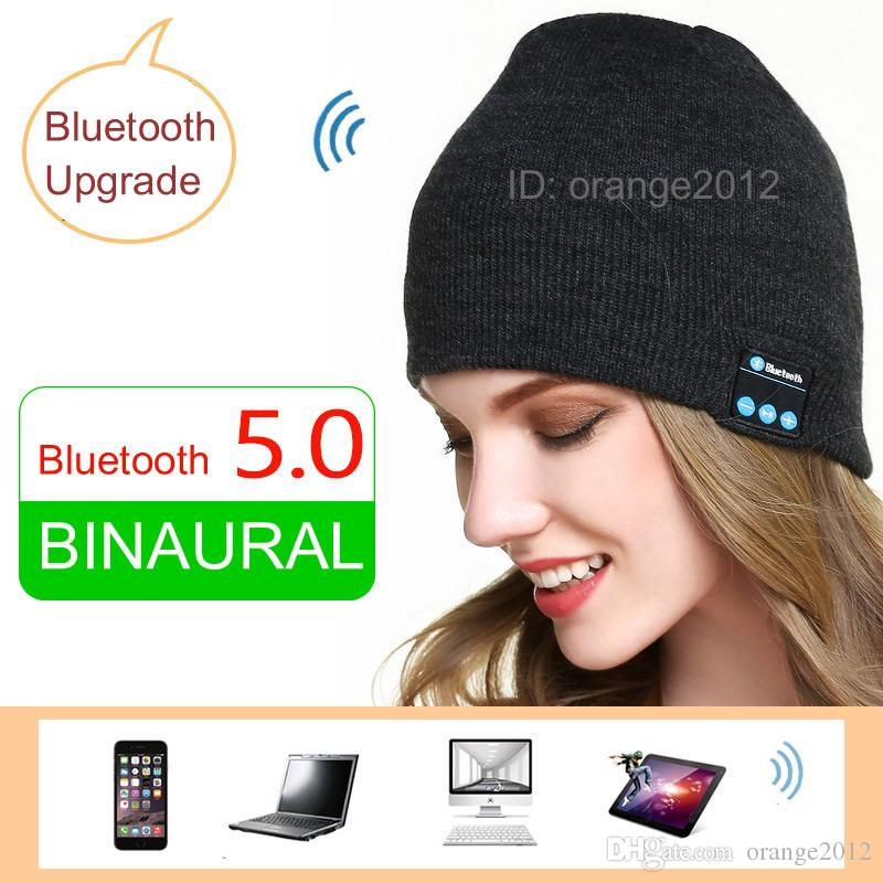 Bluetooth Music Hat Winter Beanie Cap with Stereo Headphone Headset Speaker Wireless Microphone for man woman for iphone ipad MP3 ipod
