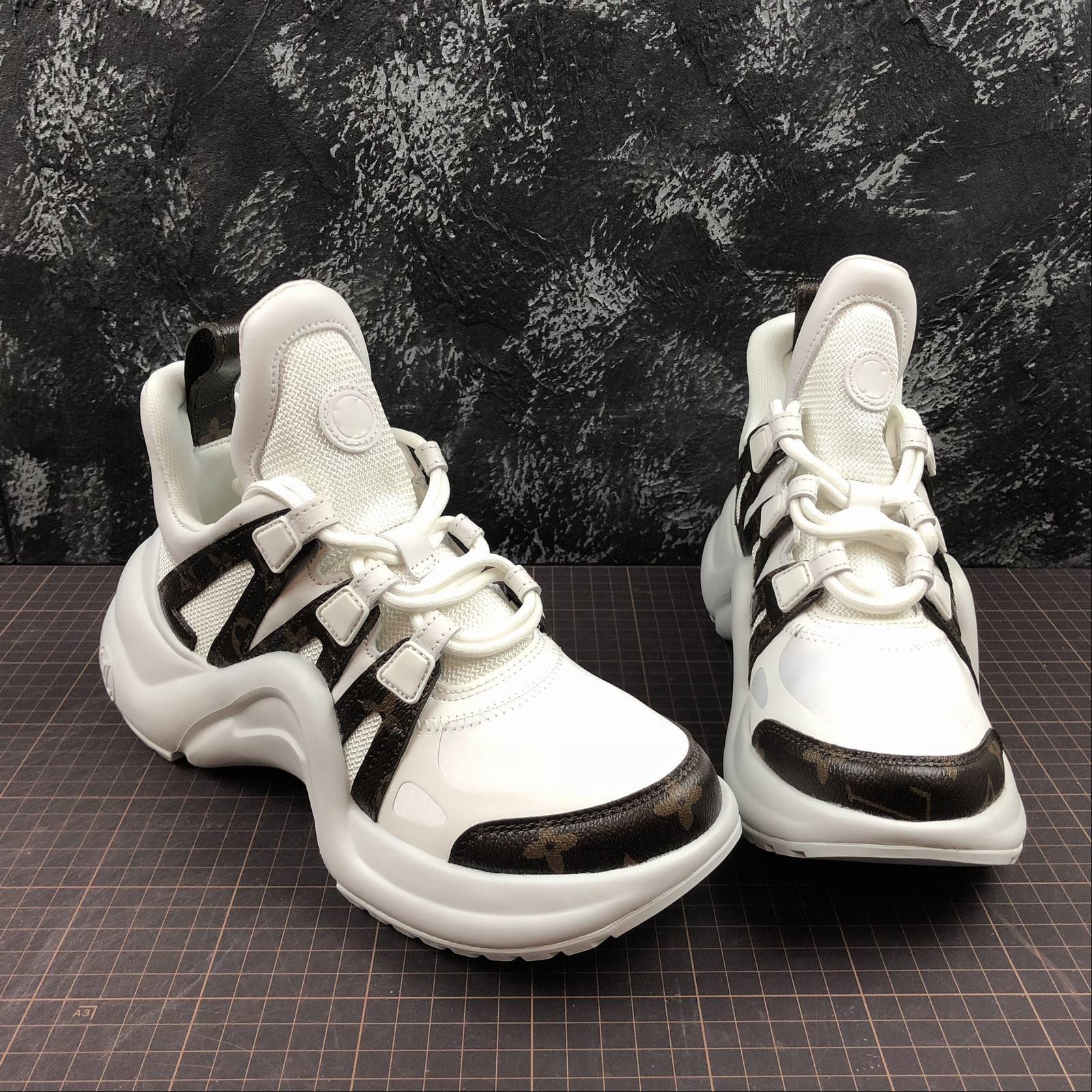 662a21c2ecc Compre Louis Vuitton Lv Archlight Men And Women Shoes Sneakers 3 Tamaño: 35  42 Moda De Lujo Scarpe Diseñador Para Hombre Mujer Sandalias Zapatos  Zapatillas ...