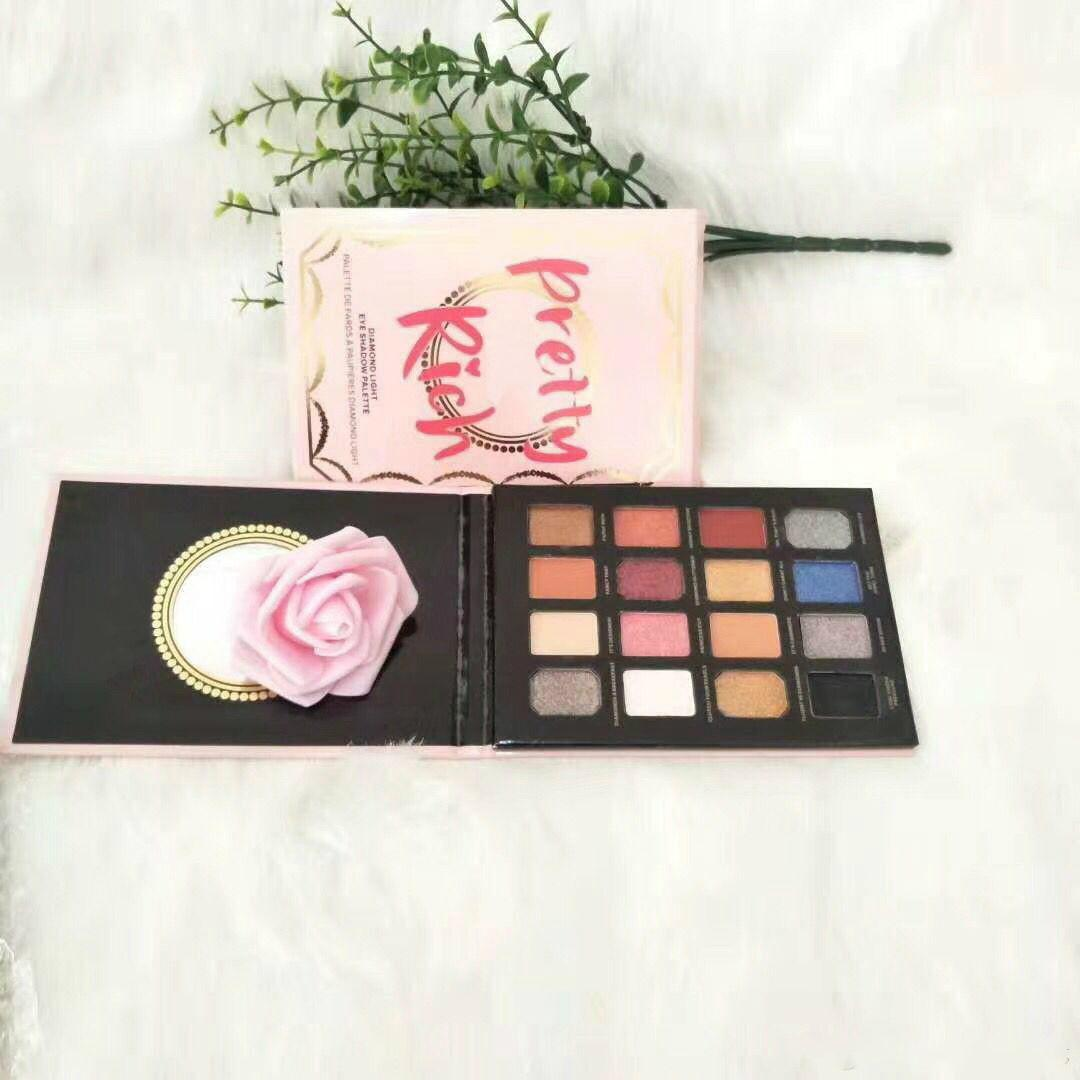 Dhl! Hot new makeup cosmetics the royal peach eyeshadow palette.