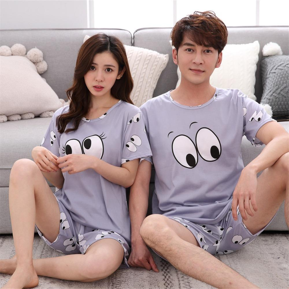 302bbed4fe Compre Conjuntos De Pijamas Para Mujer 2018 Pareja De Verano Pijama Todo  Sobre Los Ojos Estampado Gris Camisas Y Pantalones Cortos De Manga Corta  Mujer ...