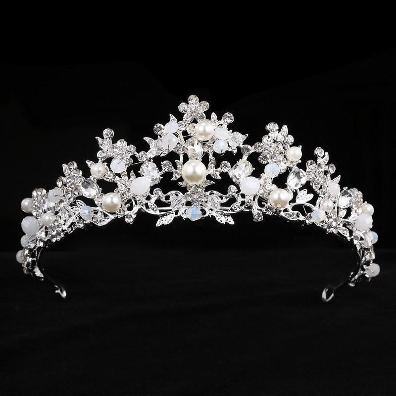 Acquista Handmade Tiara Di Cristallo Principessa Corona Accessori Capelli  Da Sposa Strass Perline Fasce Diadem Gioielli Regalo Di Compleanno  D19011102 A ... 2bc95c560c00