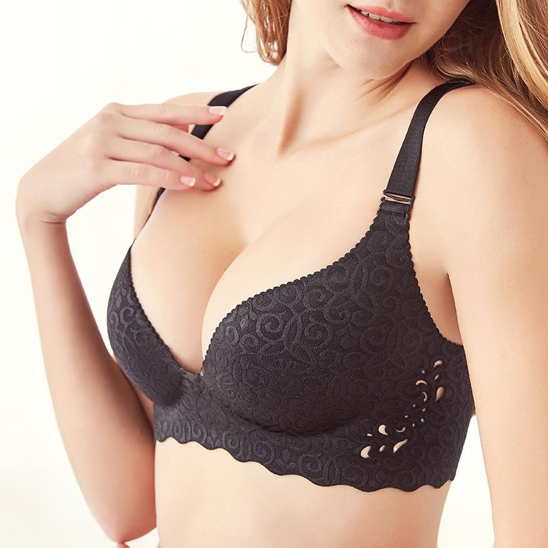 0660e7c63b 2019 Plus Size Bra Set Push Up Underwear Women Lingerie Set Thin Cup Bras  Large Size Intimates Ladies Bras And Panty Set 95 100 105 From  Guojiangclothes