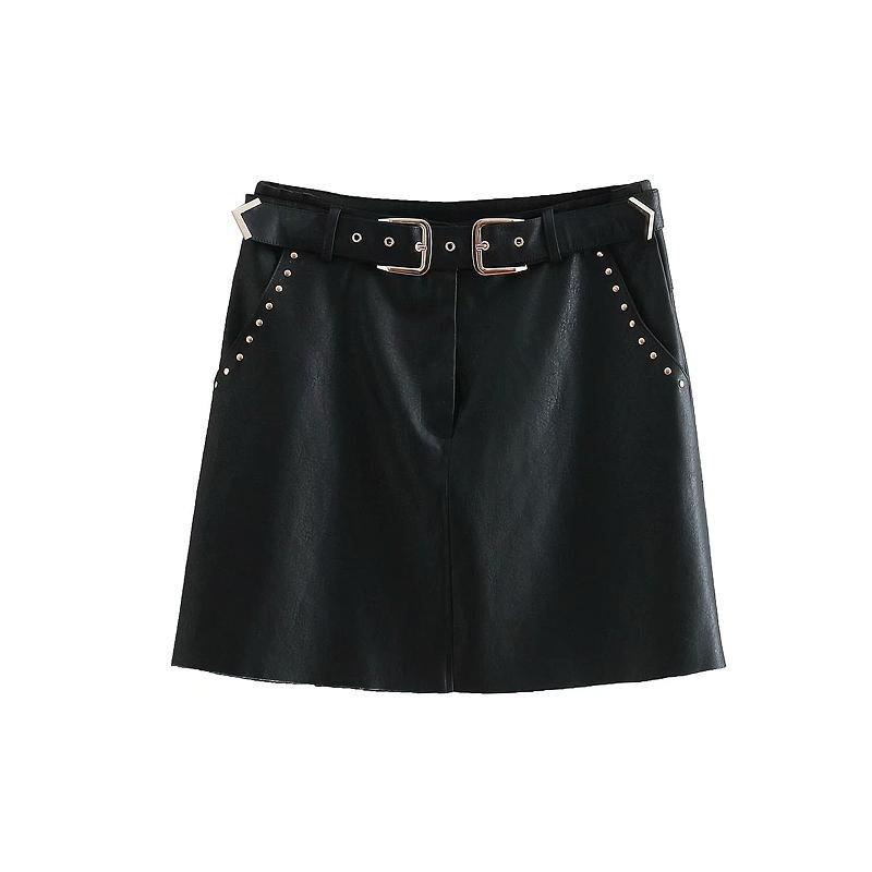 0dd12e656d8 Compre 2019 Mujeres De Cuero De LA PU Pequeña Falda Negra Remache Fajas  Rellenas Bolsillos Faldas Mujer Sólido Casual Elegante Mini Faldas QUN208 A   23.94 ...
