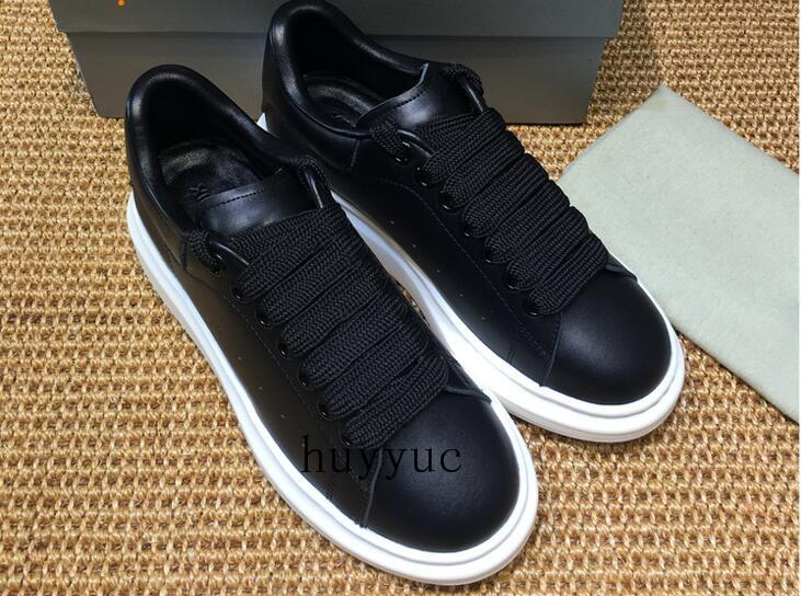 2018 Luxury Designer Casual Shoe Cheap Best High Quality Mens Women Fashion Sneakers Wedding Shoes All 25 Colors European Fashion Style
