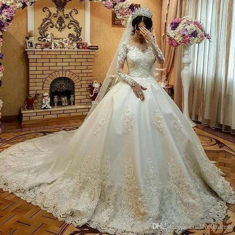 2020 New Long Sleeves Lace Gothic Ball Gown Wedding Dresses court train bridal Vestidos De Novia Lace Applique Beads wedding gown