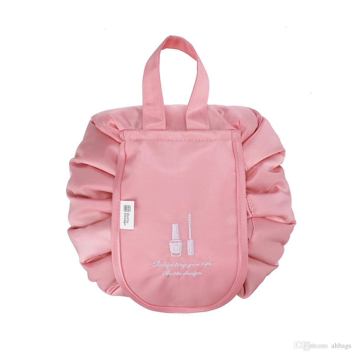 c74aceb68f43 Large capacity waterproof portable rope bag New Korean fashion cosmetic bag  Mini pocket Portable Pack Travel receives gargle bags Ladies por