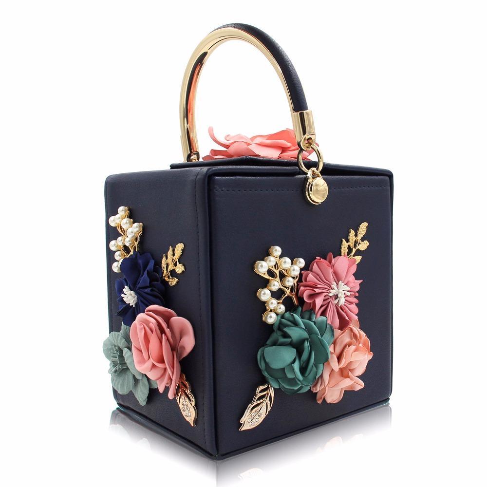 5b11058c35 Compre Mulheres Bolsas Floral Pérola Quadrado Caixa De Luxo Saco De Couro  Verde Preto Azul Bolsa De Noite Bolsa Da Noiva Do Casamento Senhoras  Pequenas ...