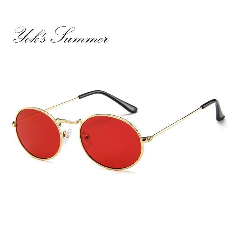7e0e3c3fc1064 Compre Yok s Moda Oval Pequeno Óculos De Sol Das Mulheres Dos Homens Do  Punk Magro Gótico Óculos De Sol Feminino Espelho Rodada Cinza Shades Verde  Amarelo ...
