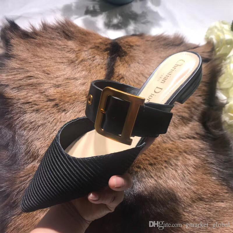 6a571b9db Compre Sandálias Das Mulheres Novas MALA TÉCNICA MULE Das Mulheres Sapatos  De Grife De Luxo Sandálias Mula Plana Preta Com Caixa Tamanho 35 40 De ...