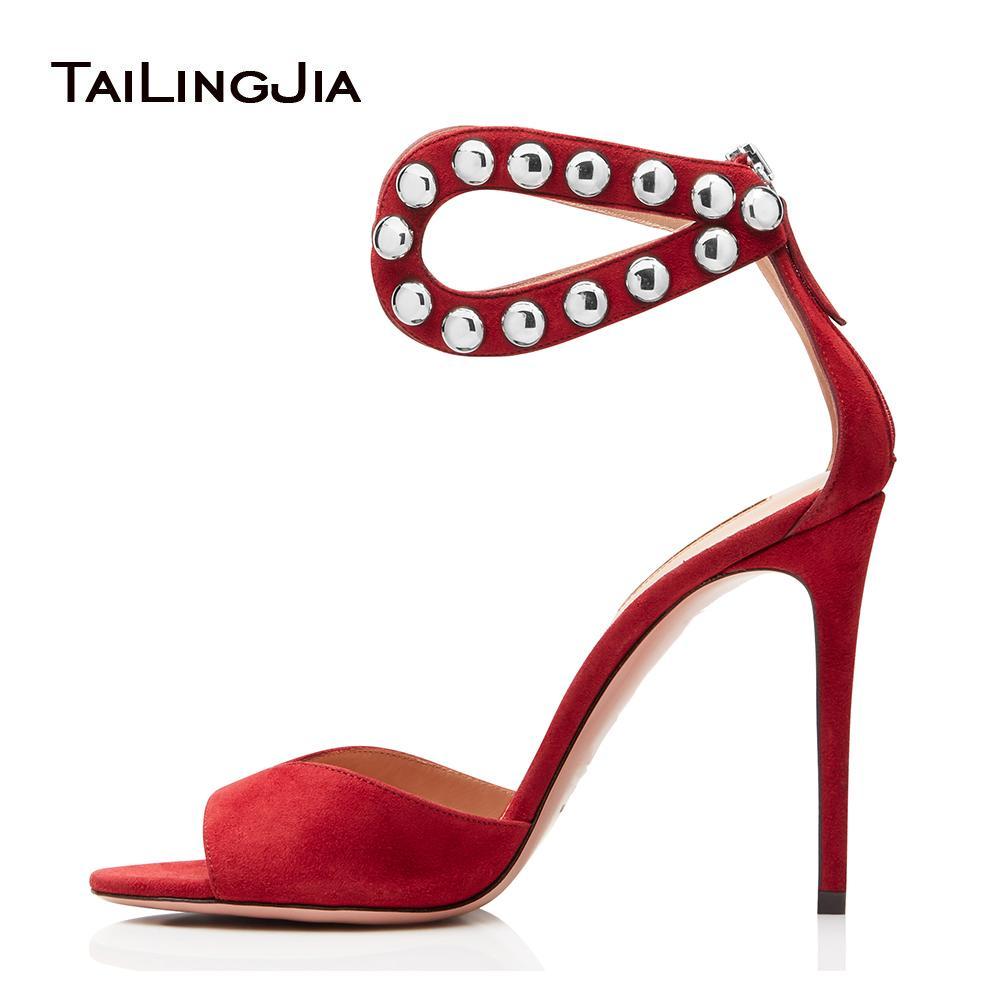 548038b770 Compre Sexy Metal Studs Vermelho Sandálias De Salto Alto Mulheres Peep Toe  Sapatos Da Noite Stiletto Heels Senhoras Verão Cravejado Sapatos Tamanho  Grande ...