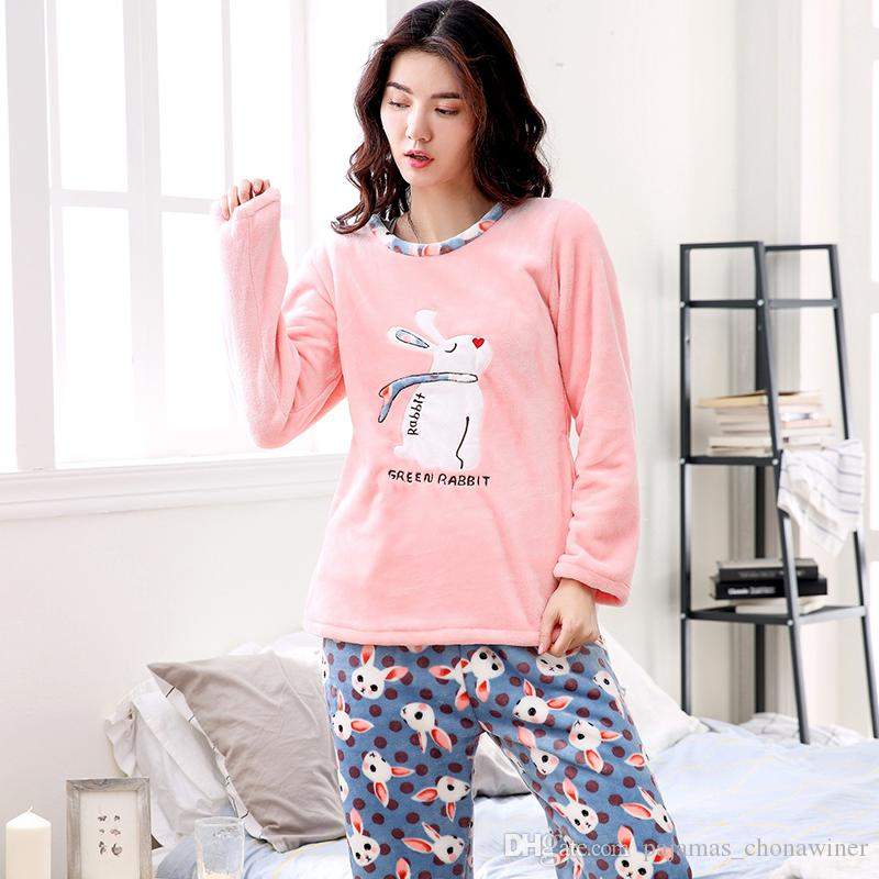 1342746fec Compre Pijamas De Invierno Mujeres Poliéster Pantalones Llenos De Dama  Conjunto De Pijamas De Dos Piezas De Dibujos Animados De Franela Femenina  Ropa Para ...