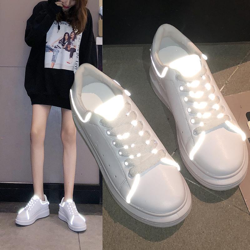 9d34b71c9a Compre 2019 Primavera New Designer Cunhas Sapatos Brancos Sapatos De  Plataforma Feminina Mulheres Tenis Feminino Sapatos Femininos Casuais Mulheres  Sapatos ...