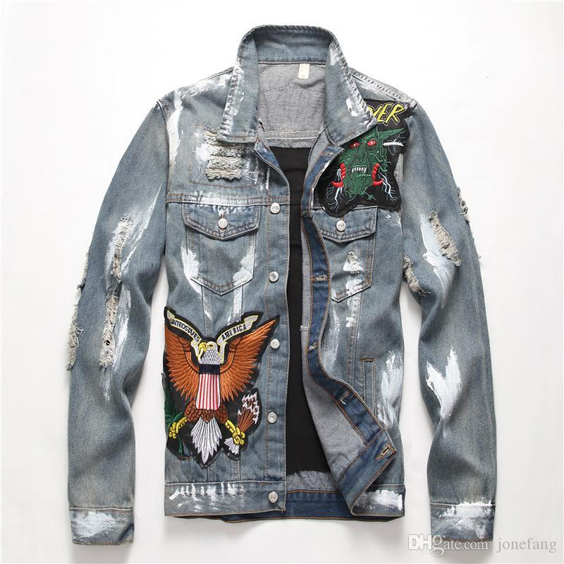 Original Design Hip Hop Denim Jacket Men's Trendy Embroidery Patch Designs Vintage Badge Motorcycle Jacket White Painting Frayed Coat