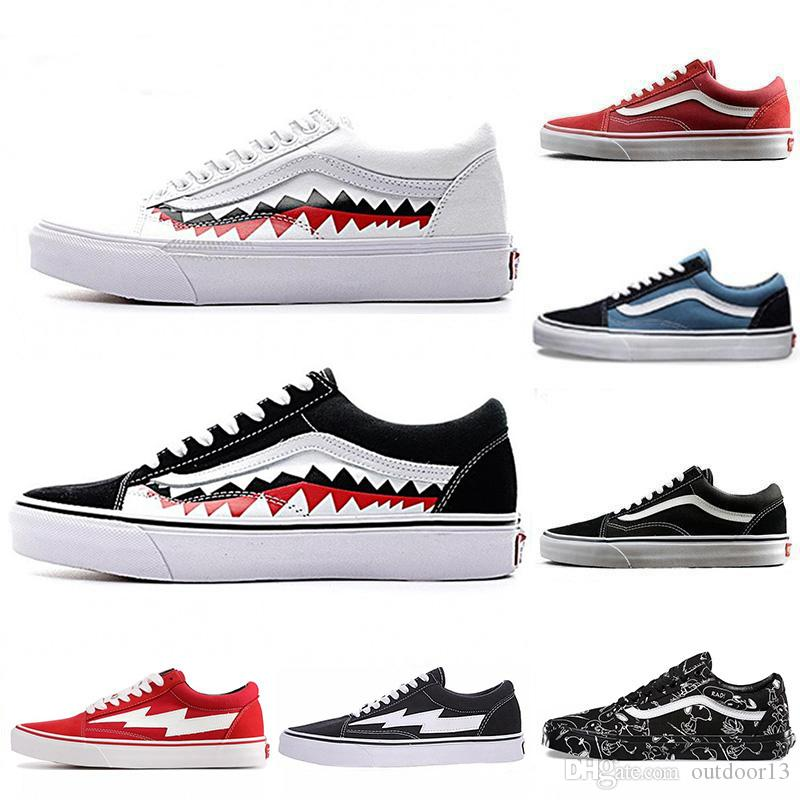 7c1437417684 Acheter Canvas Old Skool Designer Hommes Sneakers Casual Chaussures Rock  Flame Yacht Club Sharktooth Cacahuètes Planche À Roulettes Femmes  Formateurs ...