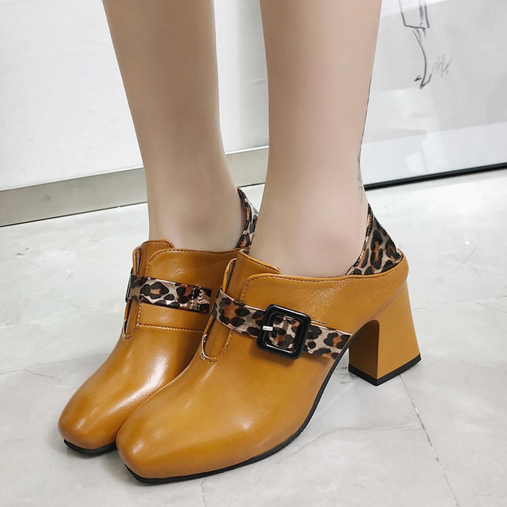 eaba985c35 Compre MUQGEW Fashion Leopard Mulheres Sapatos Impresso Toe Quadrado De Salto  Alto Slip On Elegante Salto Quadrado Bombas De Sapato Feminino De Salto Alto  ...