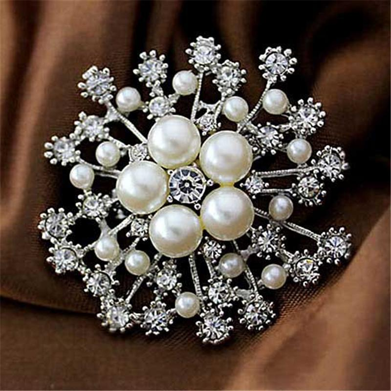 Faux Pearl And Crystals Popular Gold Snowflake Brooch Luxury Czech Crystals Women Hijab Wear Broach Pins
