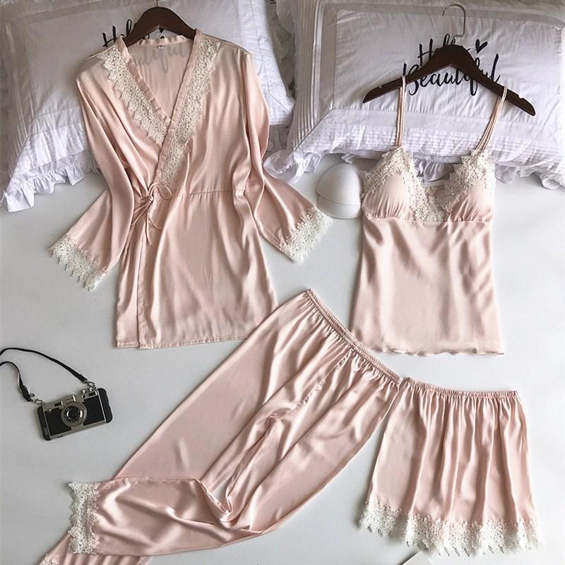5fe0cd8dd Compre 2019 Conjuntos De Pijamas De Primavera Con Cuello En V 4 Piezas De  Moda Correa De Espagueti De Satén Ropa De Dormir De Seda De Las Mujeres  Sexy ...