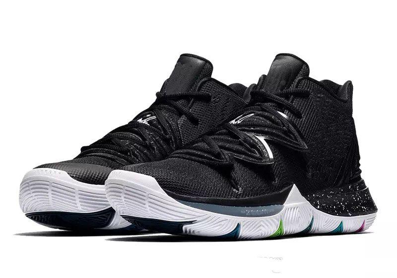 scarpe kyrie nere