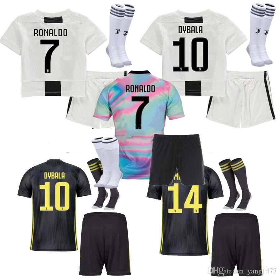 the latest 85004 5ac97 18 19 Juventus RONALDO HIGUAIN Long sleeve kids Jersey 2018 CUADRADO DYBALA  MARCHISIO BONUCCI MANDZUKIC CHIELLINI MARCHISIO FOOTBALL Shirts