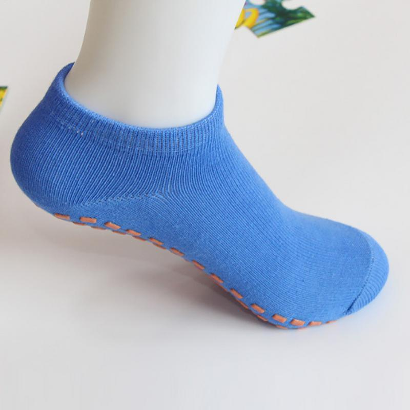 8e0799ed9 Compre Meias Esportivas Anti Slip Almofada Bandagem Pilates Ballet Bom  Aperto Para Criança Homens E Mulheres Meias De Algodão Meia Trampolim De  Duriang