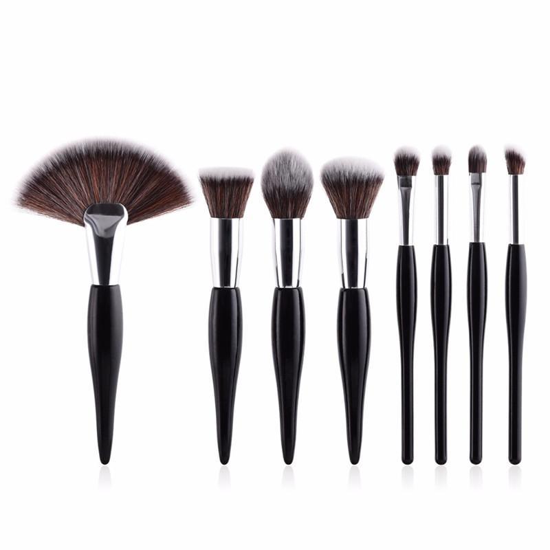4c0e3564f Compre / Set Kit De Pinceles De Maquillaje Cabeza Suave Sintética Cepillos  De Mango De Madera Ventilador Conjunto De Cepillo Plano Para Mujer Sombra  De Ojos ...