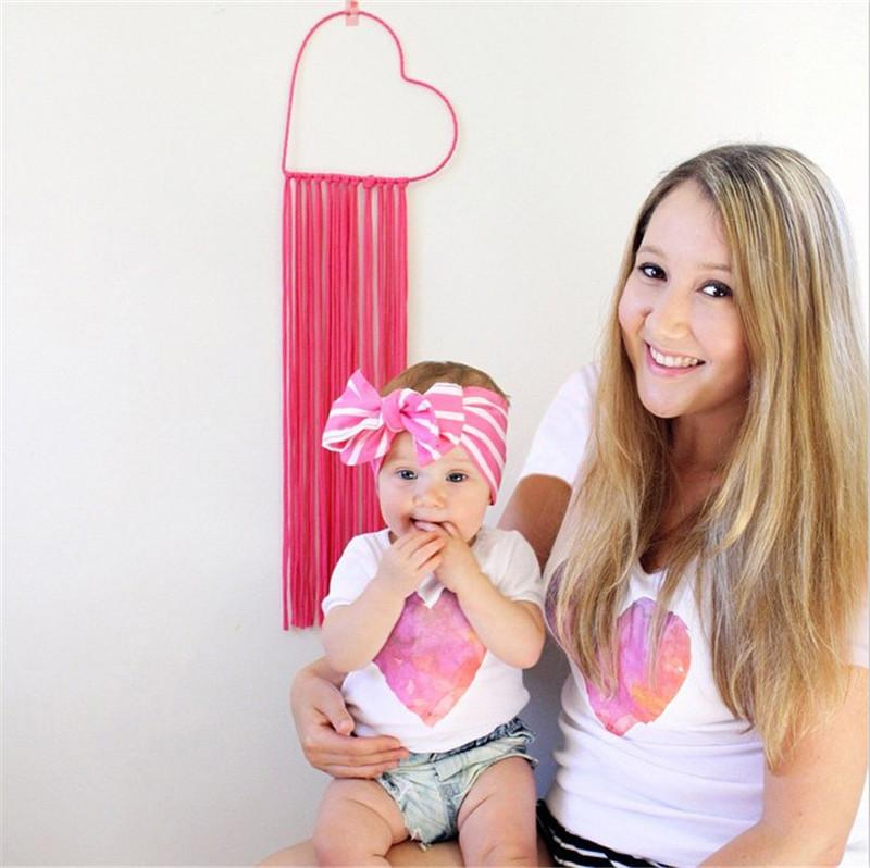 2019 Ins Family Matching Outfits Mom Child Short Sleeve Tees Sets Pink Heart Print White T-shirts Mother and Daughter Summer Tshirts Tops