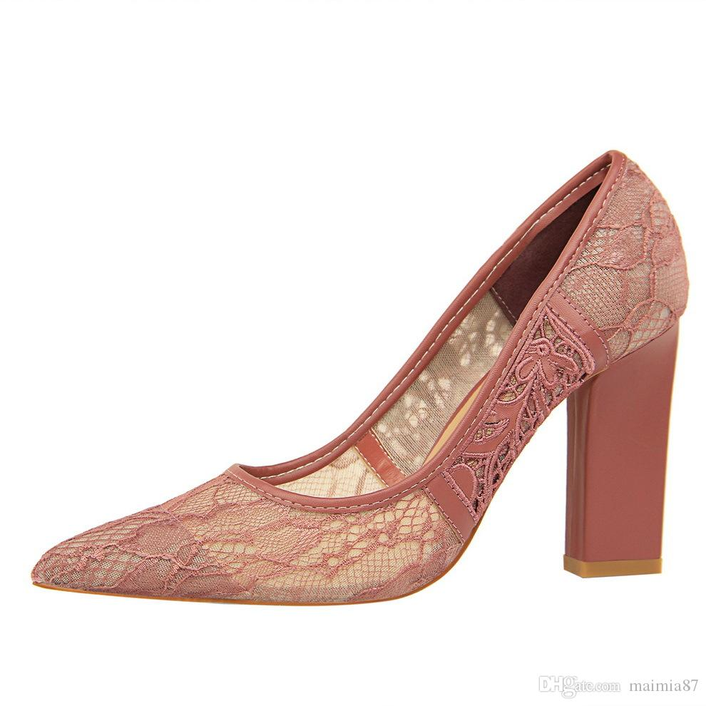 156e69ed3d4 9.5CM Chinese Style Red Women Cute Mesh Floral Lace Shoes Chunky Heel Sexy  Party Pink Wedding Shoes Pumps Lady Dress Shoes Mens Dress Boots Men  Sandals From ...