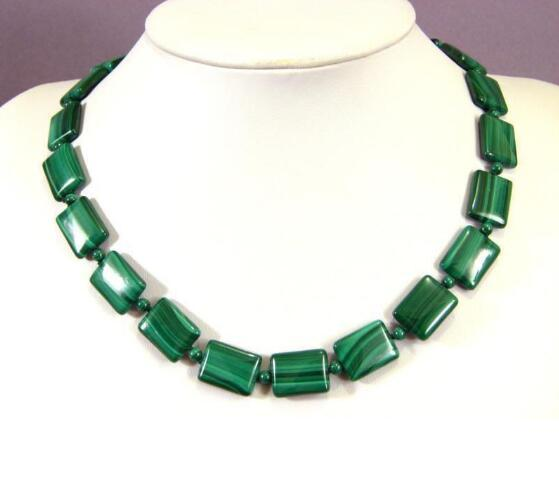 "Jewelryr Jade Necklace 13x18mm Oblong green malachite necklace vintage 18 "" Free Shipping"