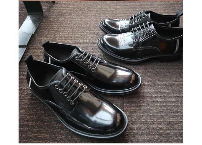 ad1838ab623 Compre MenGenuine Cuero Hecho A Mano Zapatos De Vestir Transpirables  Masculinos Estilo De Inglaterra Con Cordones De Aumento Zapatos De Boda  Vestido ...