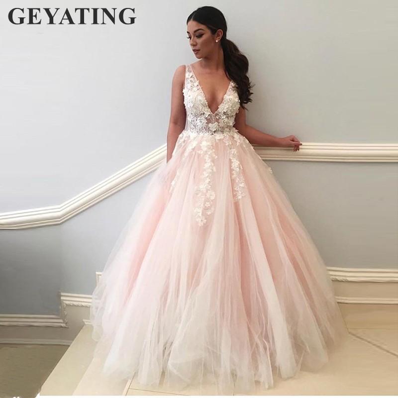 7d3f3154b5b0 Acquista Elegante Lungo Blush Pink Prom Dresses 2019 V Neck Backless 3D  Fiori Lace Tulle Ball Gown Abito Da Sera Donna Abiti Formali Del Partito A   211.74 ...
