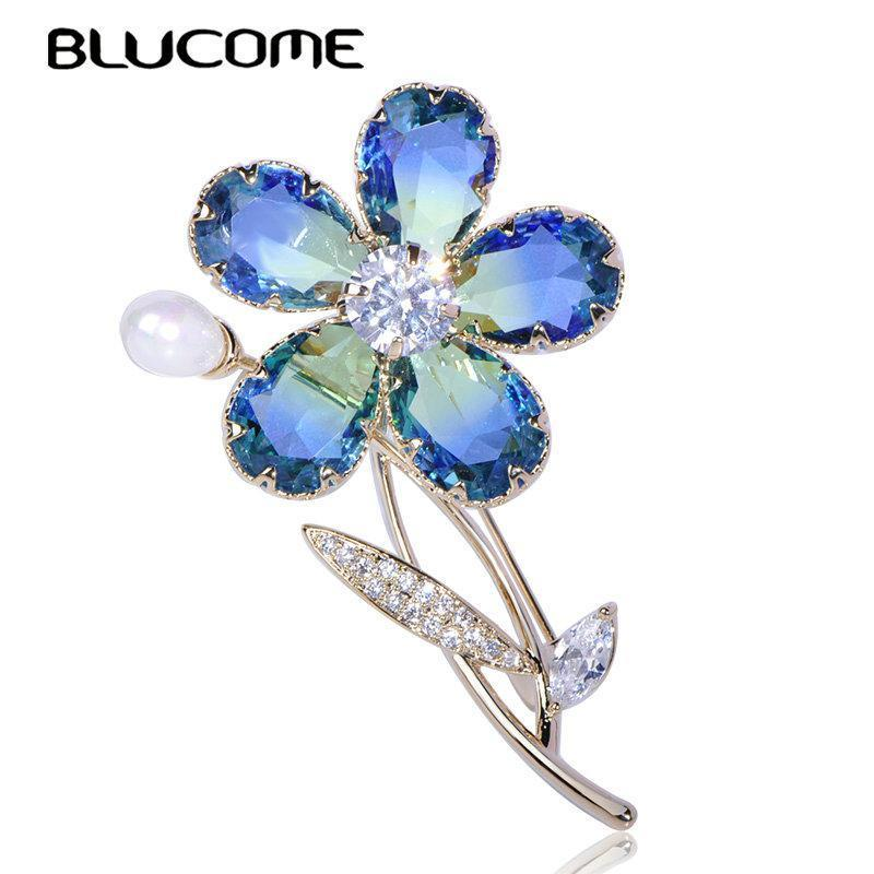 wholesale Luxury Plant Flower Brooch Zircon Copper Pearl Crystal Jewelry Women Girl Clothing Wedding Elegant Pin Accessories Gifts