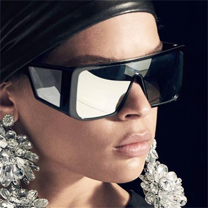 Compre Oversize Retangular Óculos De Sol Dos Homens 2019 Marca De Luxo Do Vintage  Óculos De Sol Homem Máscara Full Frame Óculos Preto Escudo Óculos De Sol ... 89098d3f57
