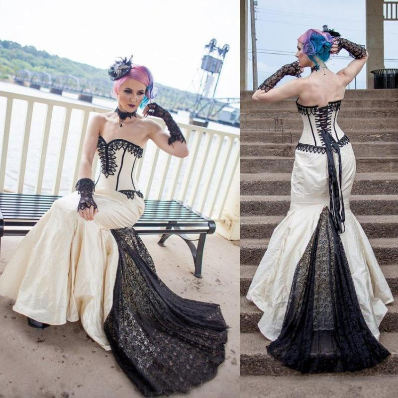 2019 Vintage Goth Gothic Bridal Steampunk Gown Halloween Wedding Dress Taffeta Sweetheart Lace Up Back robe de mariée Plus Size Dress