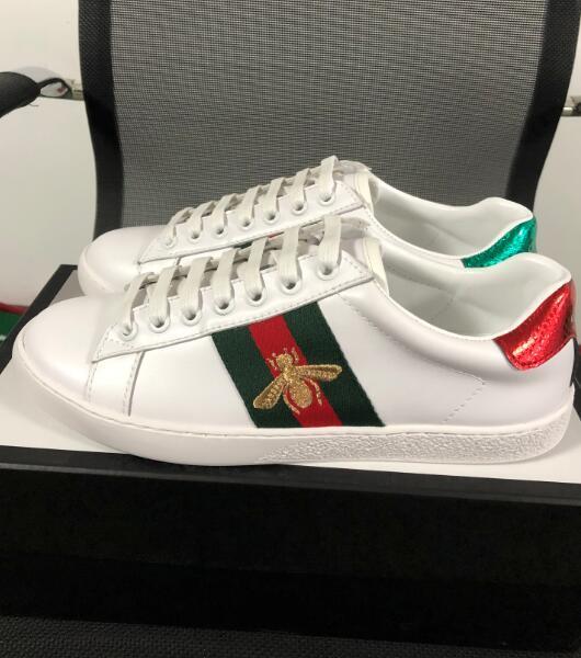 adbcde14 Compre 2019 Famosos Zapatos De Diseñador Rayas Abejas Bordadas Marca De  Lujo Para Mujer Para Hombre ACE Zapatillas De Deporte De Cuero Genuino  Blanco ...