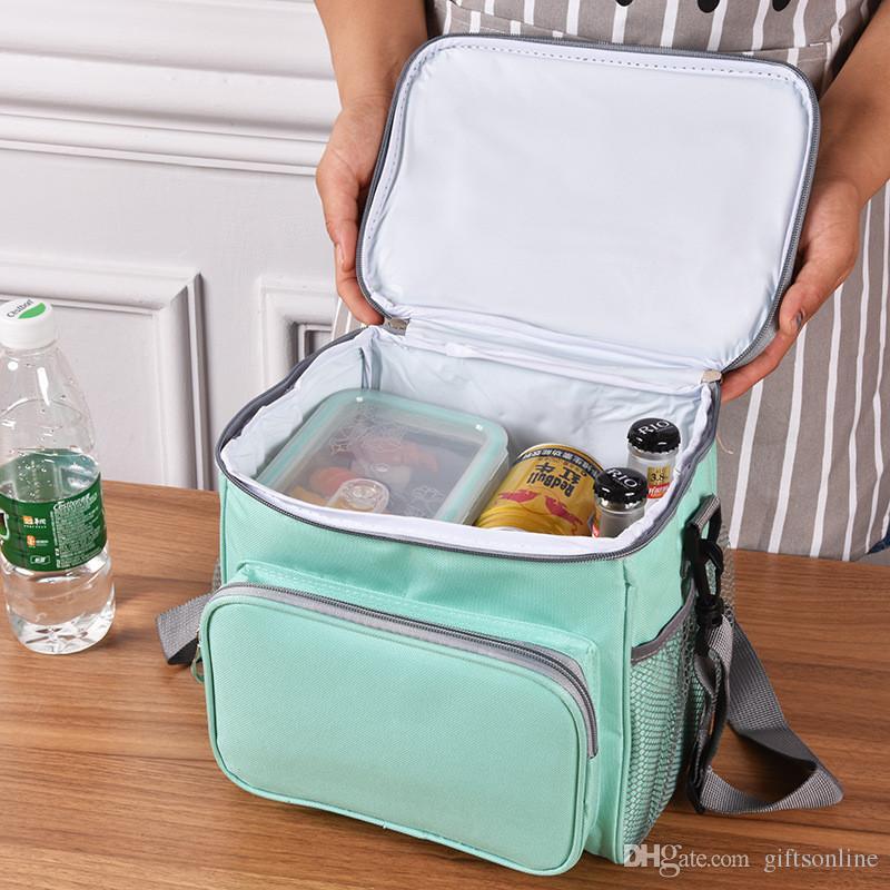 dfbfd7dd7 Compre Isolados Lunch Bag Box 15L 24 Can Saco Refrigerador Macio, Saco De  Resfriamento Almoço Térmica Para O Trabalho Praia Picnic Camping De  Giftsonline, ...