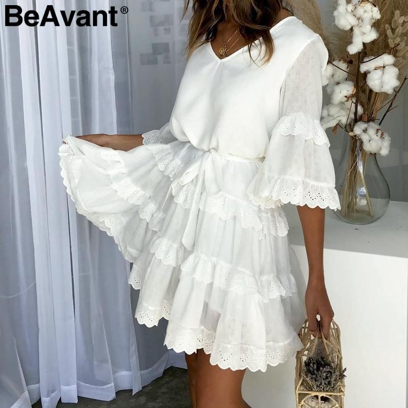 brand new 5a37d 85619 BeAvant Elegantes geschichtetes Rüschensommerkleid für Damen Casaul lose  weißes Kleid mit hoher Taille V-Ausschnitt Stickerei kurze Kleider Damen