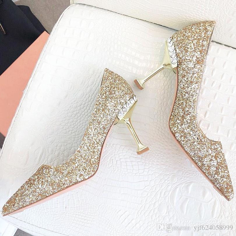 2019 summer new top wedding shoes bride and lady Valentines Day gift new fashion sexy sequins silk dress shoes high heels shallow qu