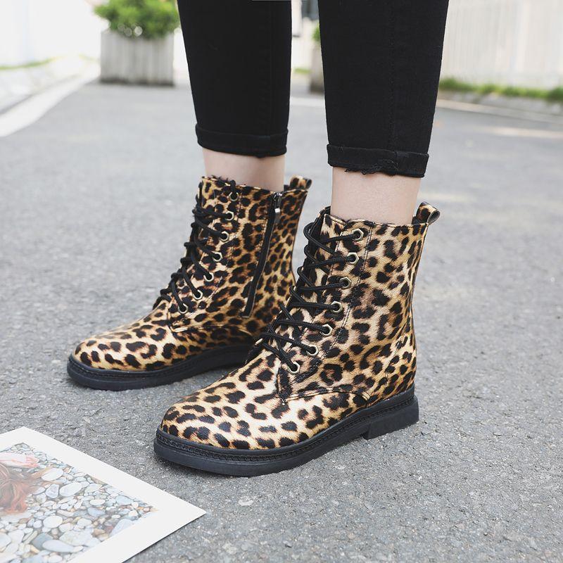 34a22922037 Luipaard Print Schoenen Vrouwen Botin Marron Women Shoes Women Bambas Mujer  Plataforma Tenis Feminino Casual Boot Monkey Boots Cheap Football Boots  From ...