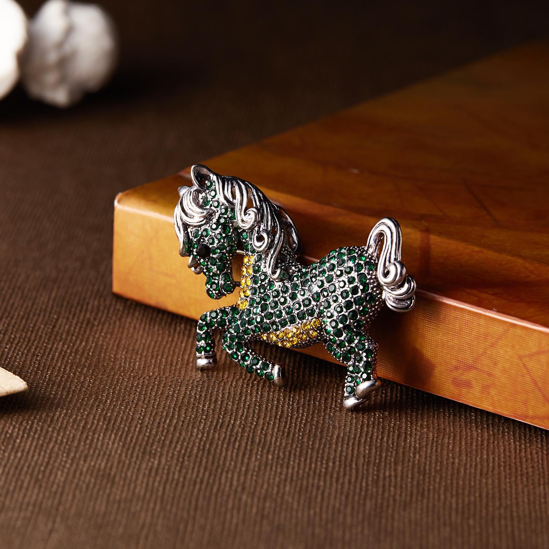 Rinhoo Rosa Pferd Broschen Für Frauen Mädchen Kleidung Schal Pin Vintage Elegante Große Kristall Tier Brosche Weiblichen Schmuck Geschenk 10 teile / los