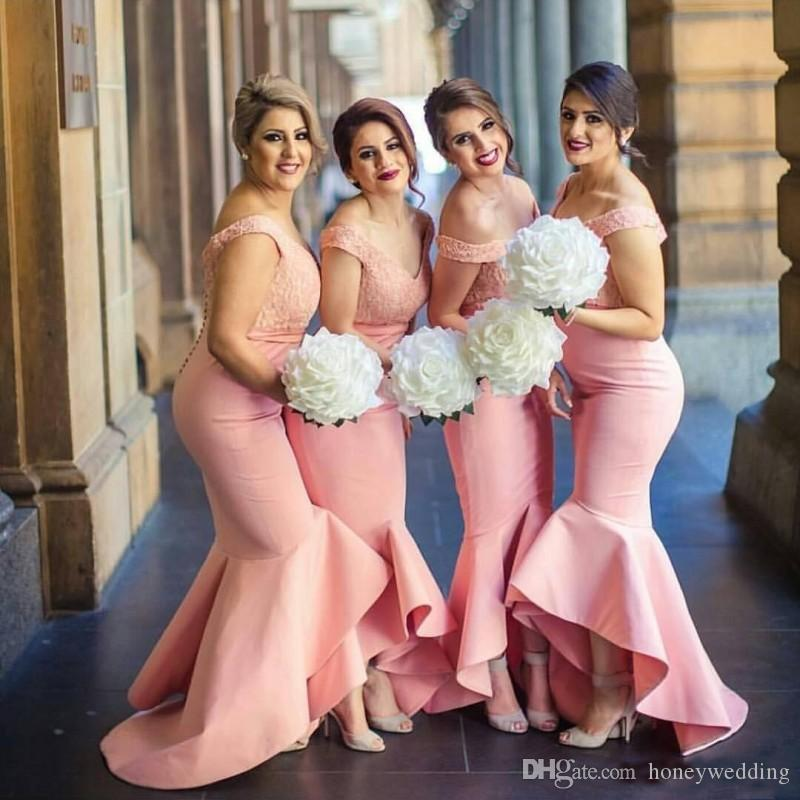 Arabic Bridesmaids Dresses 2019 Pink Off Shoulders Buttons Lace Bodice High Low Dubai Ruffle Skirt Maid of the Honor Gowns