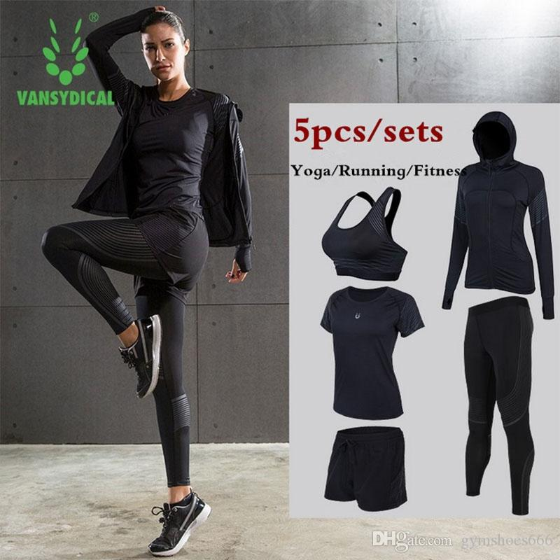 8662dc59e8d 2019 Women Yoga Running Suits Clothes Sports Set Jackets Shorts And Pants  Bra Joggers Gym Fitness Compression Tights  Sets  74333 From Gymshoes666