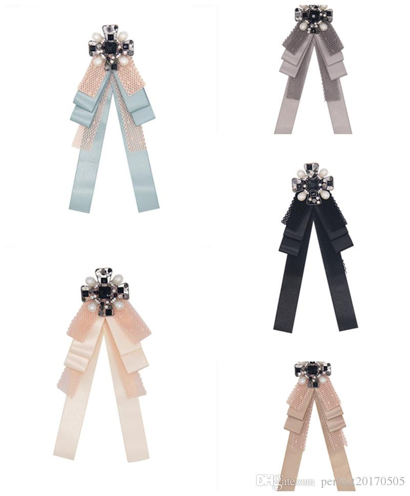 0fe0320f434 2019 2018 Fabric Bow Brooches For Women Necktie Style Bee Brooch Pin Wedding  Dress Shirt Brooch Pin Handmade Accessories Good Gift From Perfect20170505