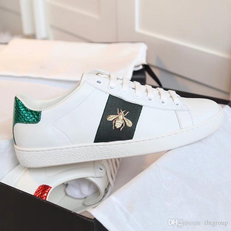 30f505249 Compre New Designe Para Sapatos 100% Sapatilha De Couro Ace Homens Mulheres  Clássicos Formadores Python Tiger Abelha Flor Galo Bordado Tênis De Amor De  ...