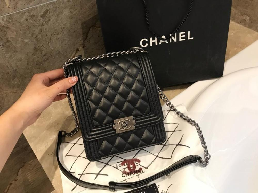08e5d997a87eec 2019 Fashion Brand Small Women Bags Genuine Leather Handbags Vintage  Shoulder Tassel Messenger Clutch Bag Fashion Mini High Quality Bag 0323  Drawstring ...