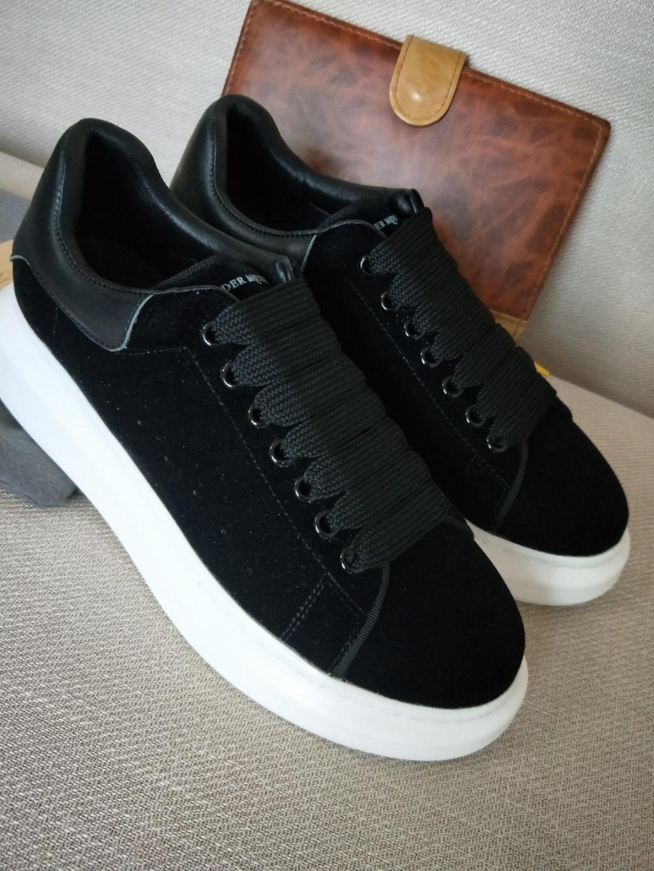 4f67b0b3 Compre Zapatos Deportivos Clásicos De Lujo De París Zapatos Deportivos De  Lujo Para Mujer Zapatillas De Terciopelo Para Hombre Tendencia Interior De  Piel De ...