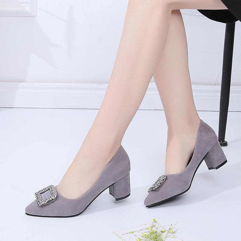 84bb593020 Compre Zapatos De Vestir De Diseñador Lucyever Mujeres Bombas Tacones Altos  Mujer Oficina Primavera Verano Resbalón En Shlllow Tacón Grueso Rhinestone  ...