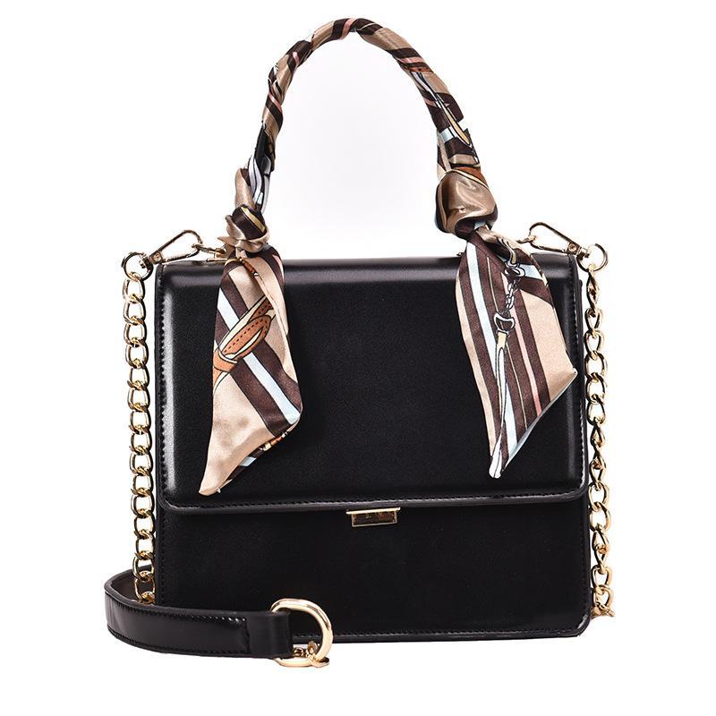 En gros petit sac femmes 2019 nouvelle mode femmes sac chaîne unique épaule oblique sacoche chic à la main petit paquet
