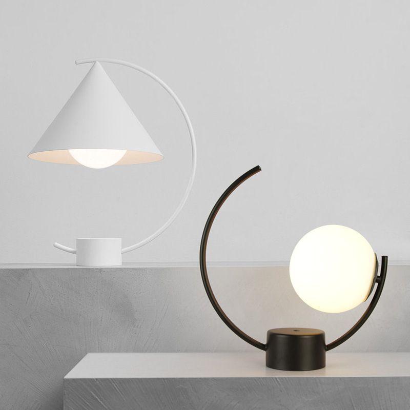 Intelligent Modern Led Table Light Creative Ball Table Lamp E27 Northern Europe Desk Lamp Light Bedroom Glass Home Decorative Lighting Lamp Led Lamps